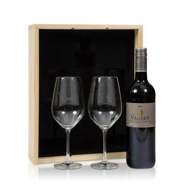 Rode wijnpakket met glazen